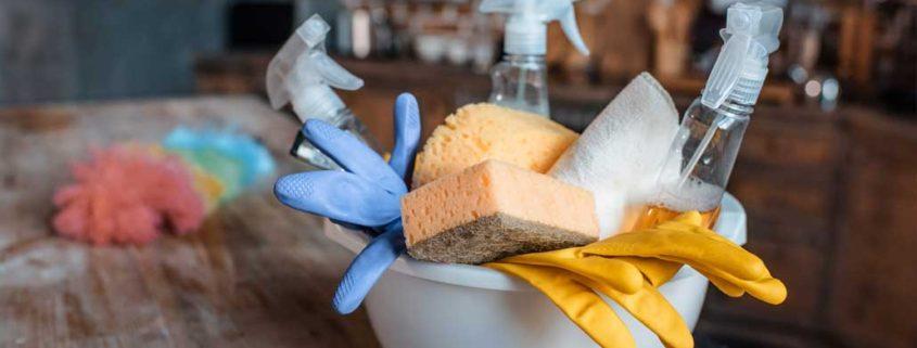 Rychlý úklid - ekologické čistidla - ilustrační foto